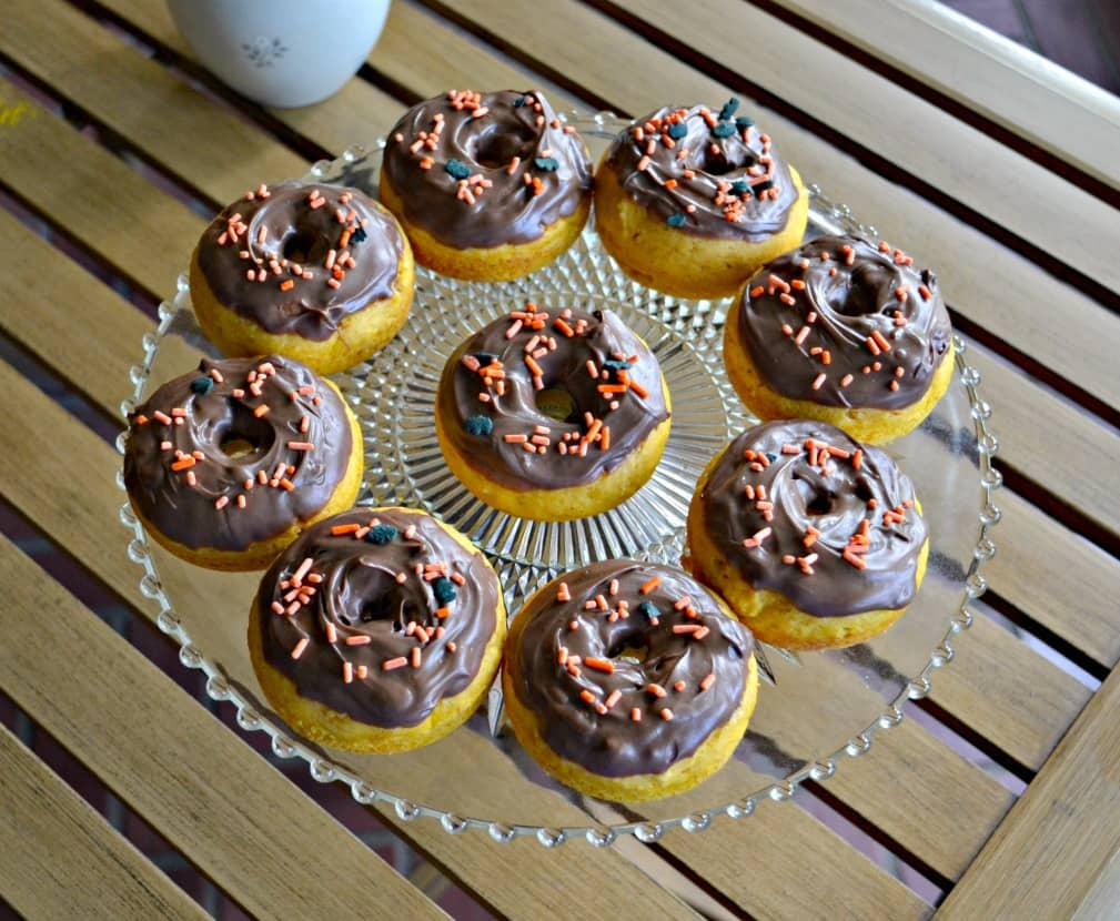 Fall is in the air with these Pumpkin Spice Donuts with Chocolate Glaze