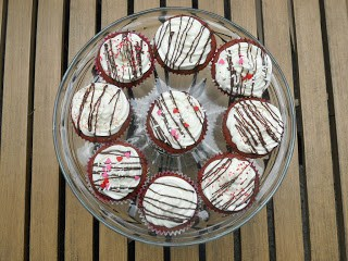 Red Velvet Cupcakes with Cream Cheese Frosting - Hezzi-D's Books and Cooks