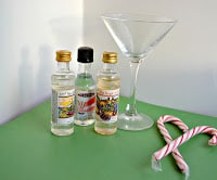 Delicious Candy Cane Martini
