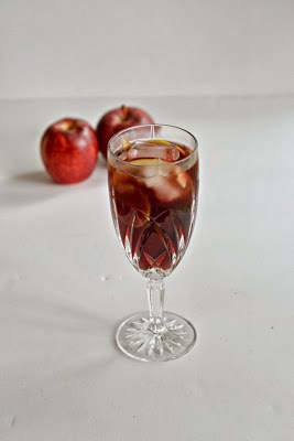 Spiced Apple Sangria for fall!