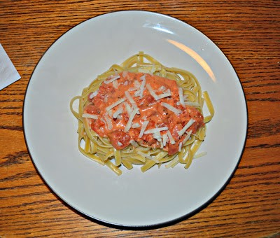 Fettuccine with Tomato Cream Sauce from Hezzi-D's Books and Cooks