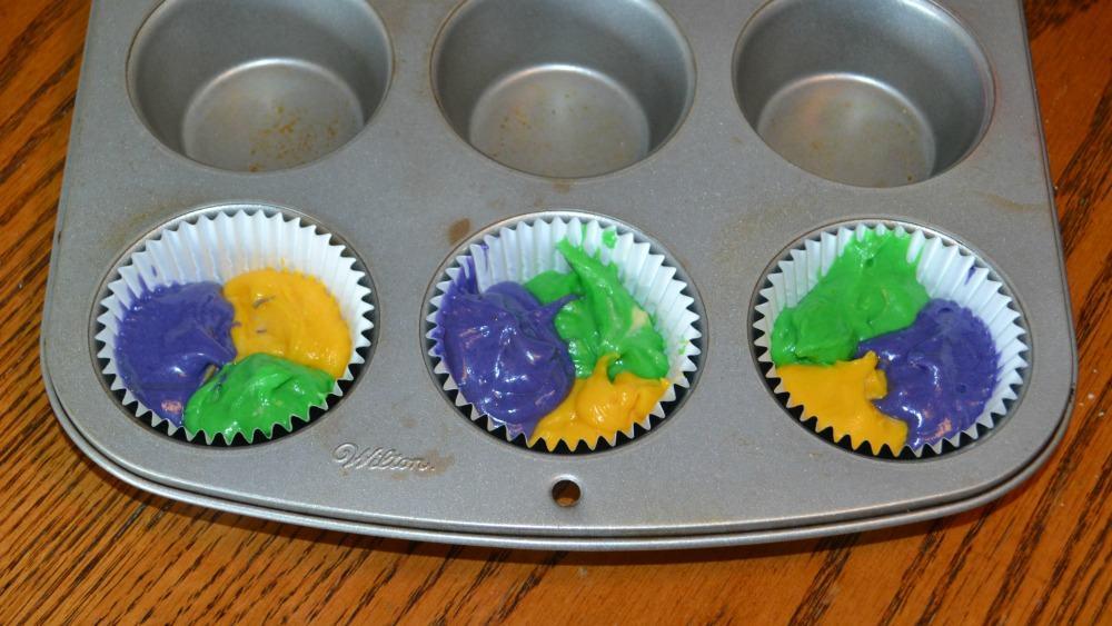 mardi gras cupcakes 2