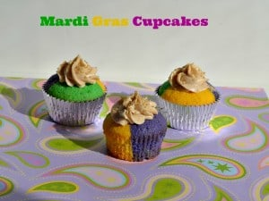 Mardi Gras Cupcakes with Cinnamon Frosting #SundaySupper