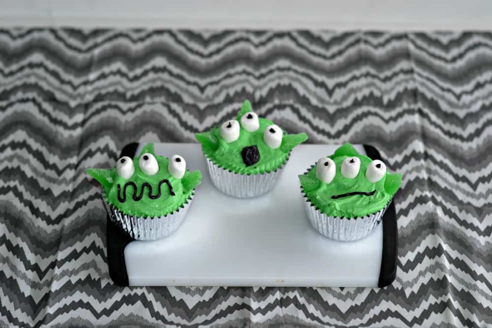 Fun and Easy Alien Cupcakes