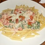 Bacon Ranch Pasta with Spinach and Tomatoes