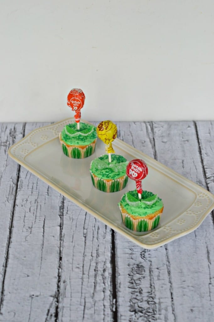 Simple Flower Cupcakes made from a boxed mix