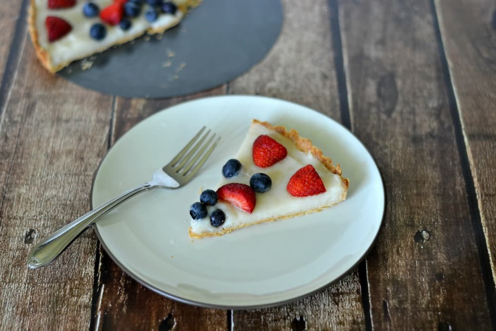 Red, White, and Blue Fruit Tart #CMSalutingHeroes