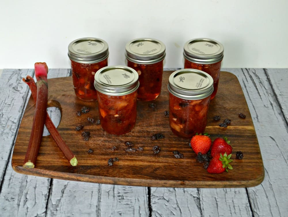 Apple Rhubarb Conserve With Almonds And Apricots Recipe ...