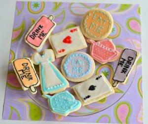 Alice in Wonderland Sugar Cookies #SundaySupper