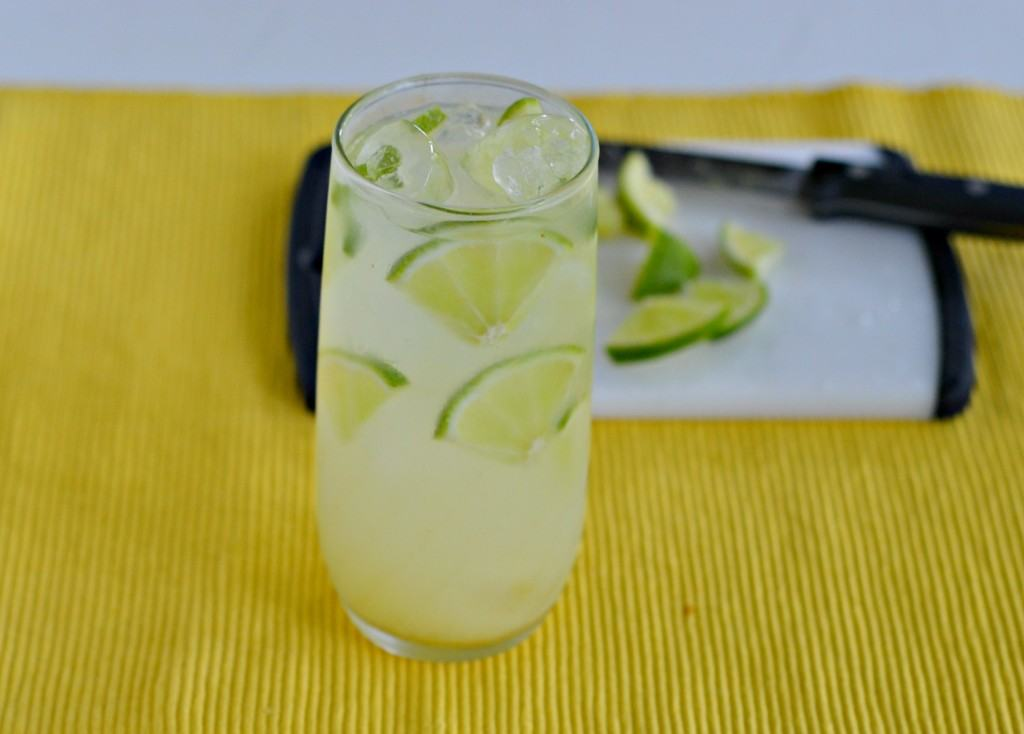 Gin Rickey with limes