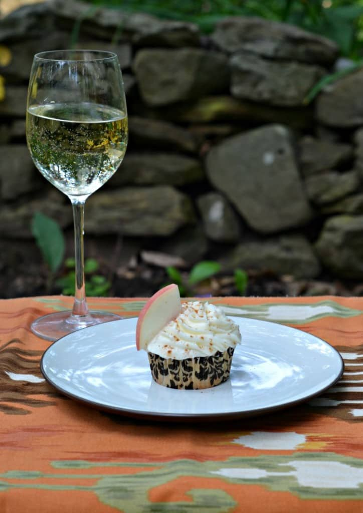 Grilled Peach Cupcakes with Gallo Family Vineyards Riesling Frosting is delicious!