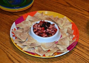 Fruit Salsa with Cinnamon Sugar Chips #SundaySupper