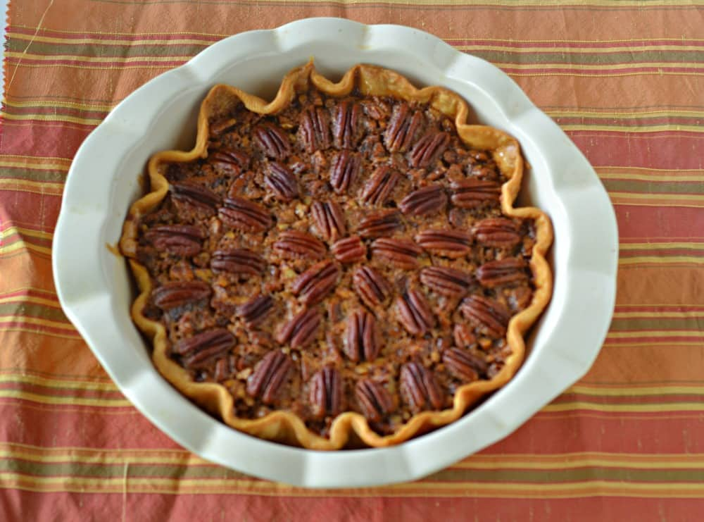 Easy and delicious Pecan Pie