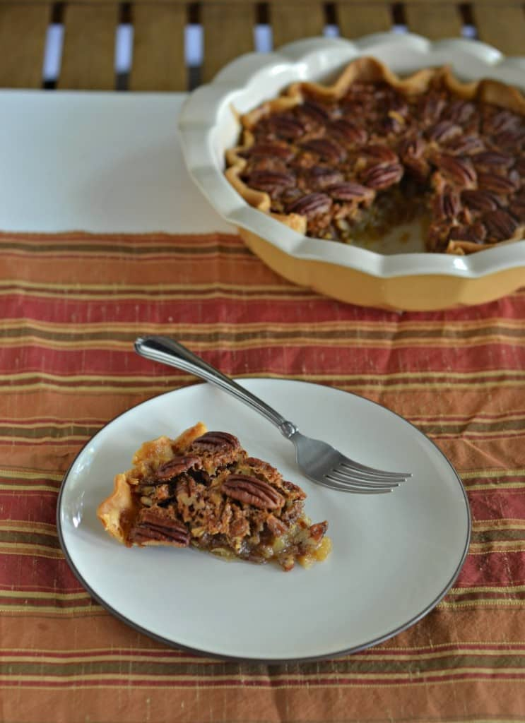 The best Pecan Pie | Hezzi-D's Books and Cooks