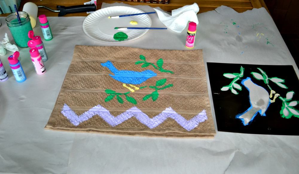 Gorgeous DIY bird kitchen towel using Tulip For Your Home products