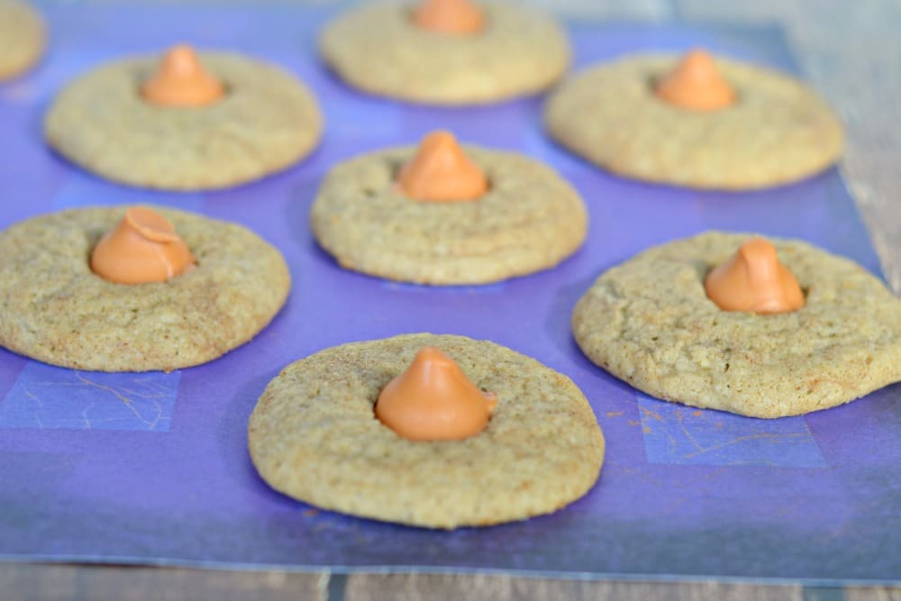 A fun fall cookie, you will love these Pumpkin Chai Cookies