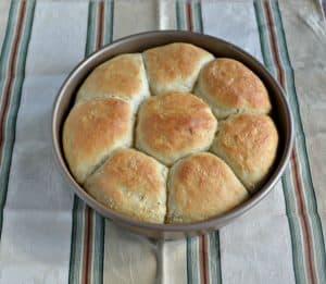No Knead Dinner Rolls #BreadBakers