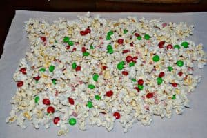 Christmas Chocolate Popcorn