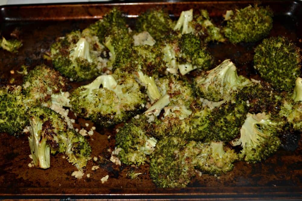 Roasted Broccoli with Lemon, Pepper, and Seasoning