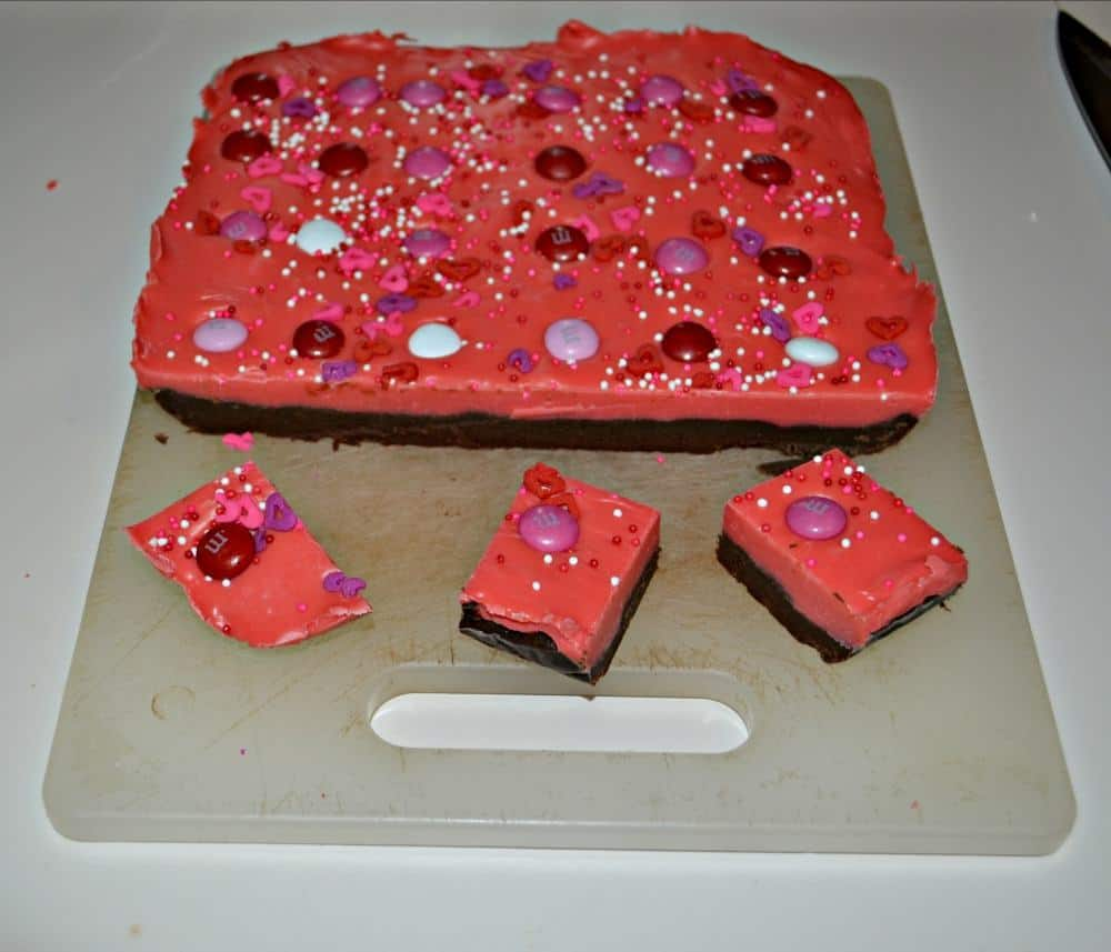 Double Layer Valentine's Day Fudge looks like it took a lot of time to make, but it's super easy to make!