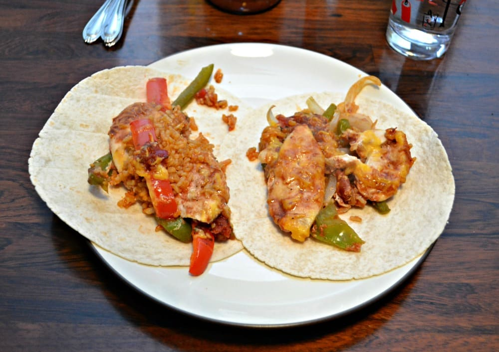 BBQ Chicken Fajitas are a tasty weeknight meal even the kids will enjoy!