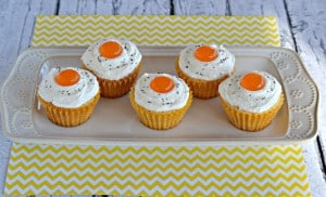 """Bacon and """"Eggs"""" Cupcakes are a fun way to fool the kids on April Fool's Day! Delicious sweet and savory bacon cupcakes frosted to look like eggs."""