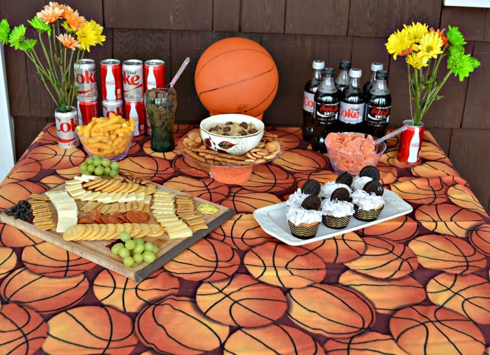 Host your own Basketball Party with these simple steps and easy to make recipes