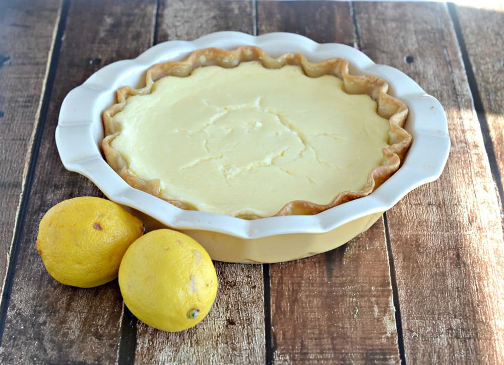 Bright and tasty Lemon Cheese Cake Pie for 3/14