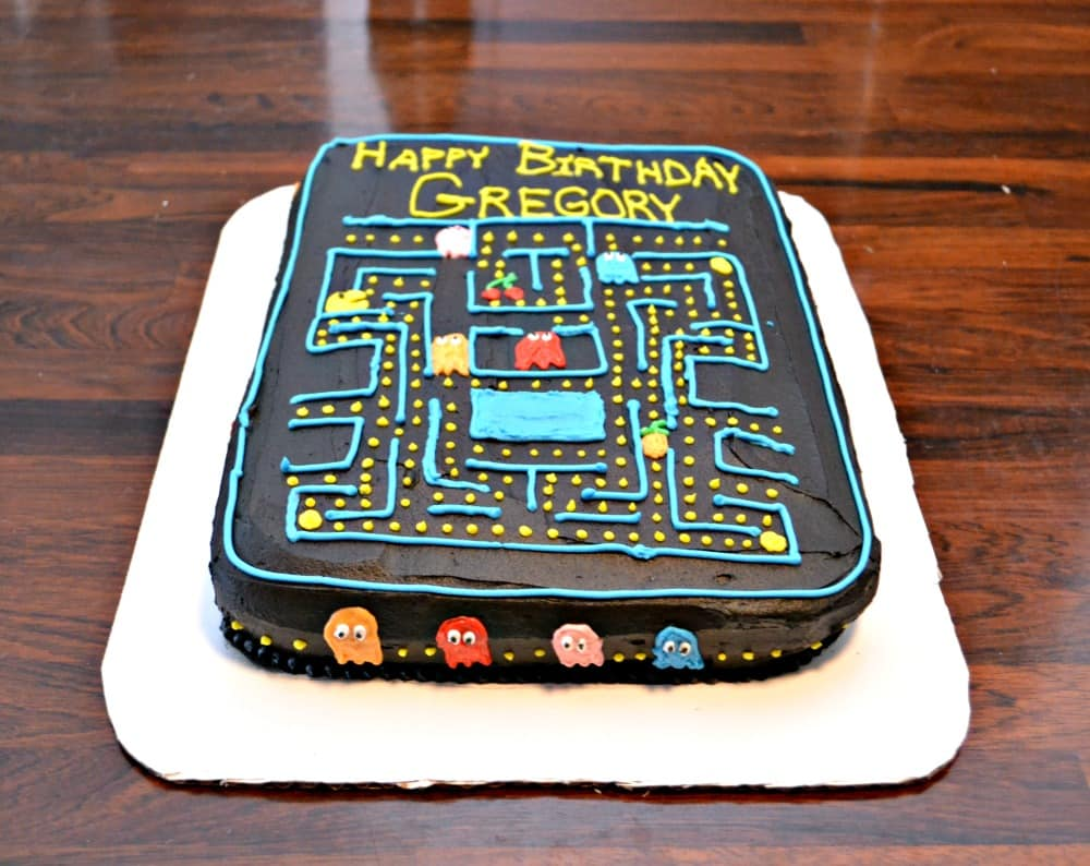 PacMan Cake for a video game birthday!