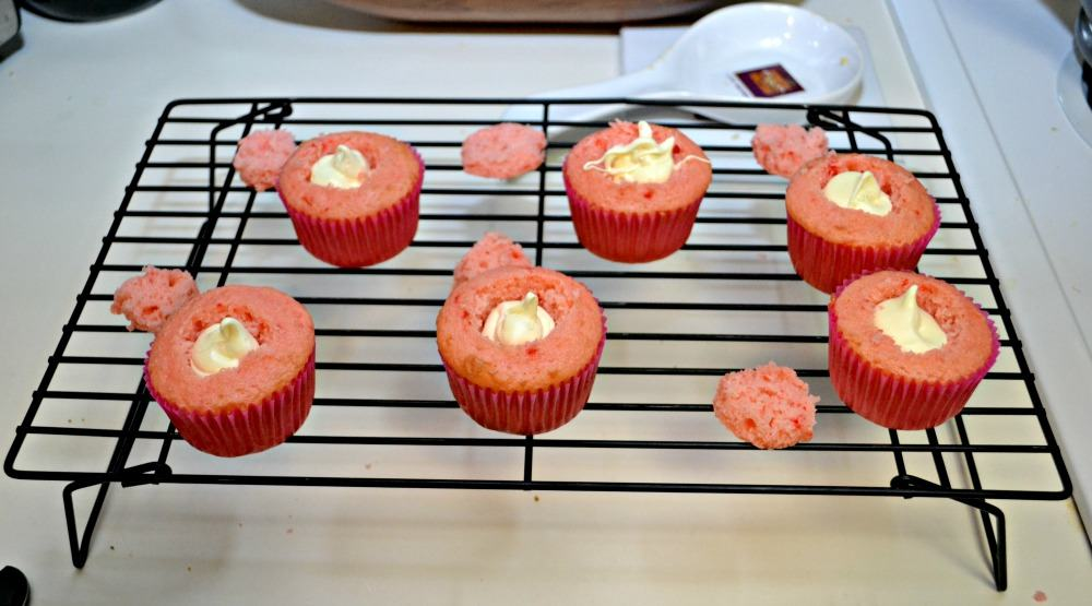 Strawberry Cupcakes filled with lemonade frosting
