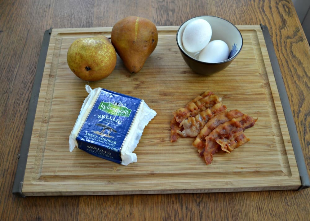 Savory Br4eakfast Crepes with Kerrygold Skellig cheese