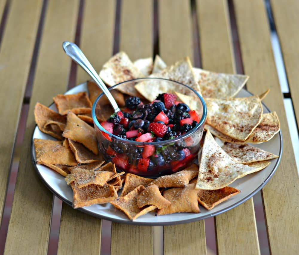 Fresh Mojito Berry Salsa with homemade cinnamon sugar pita chips and Toufayan Salted Caramel pita chips!