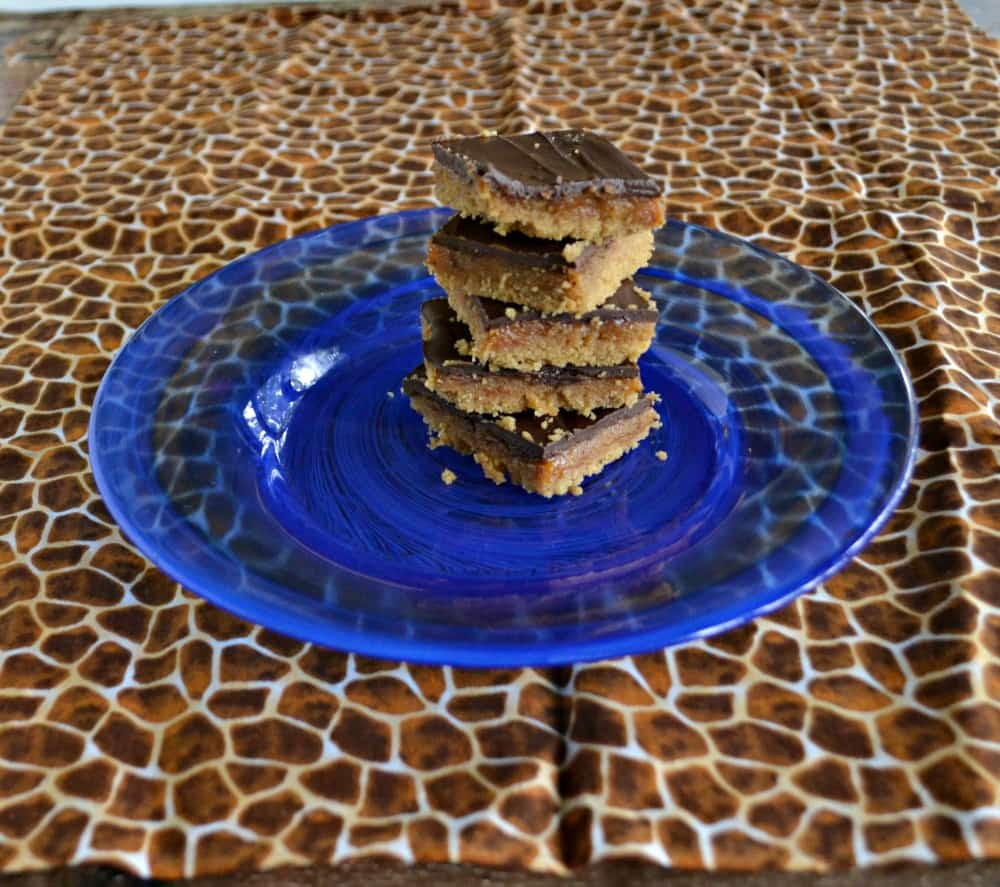 It's too hot to bake in the summer!  Make these No Bake Millionaire Shortbread Cookies instead