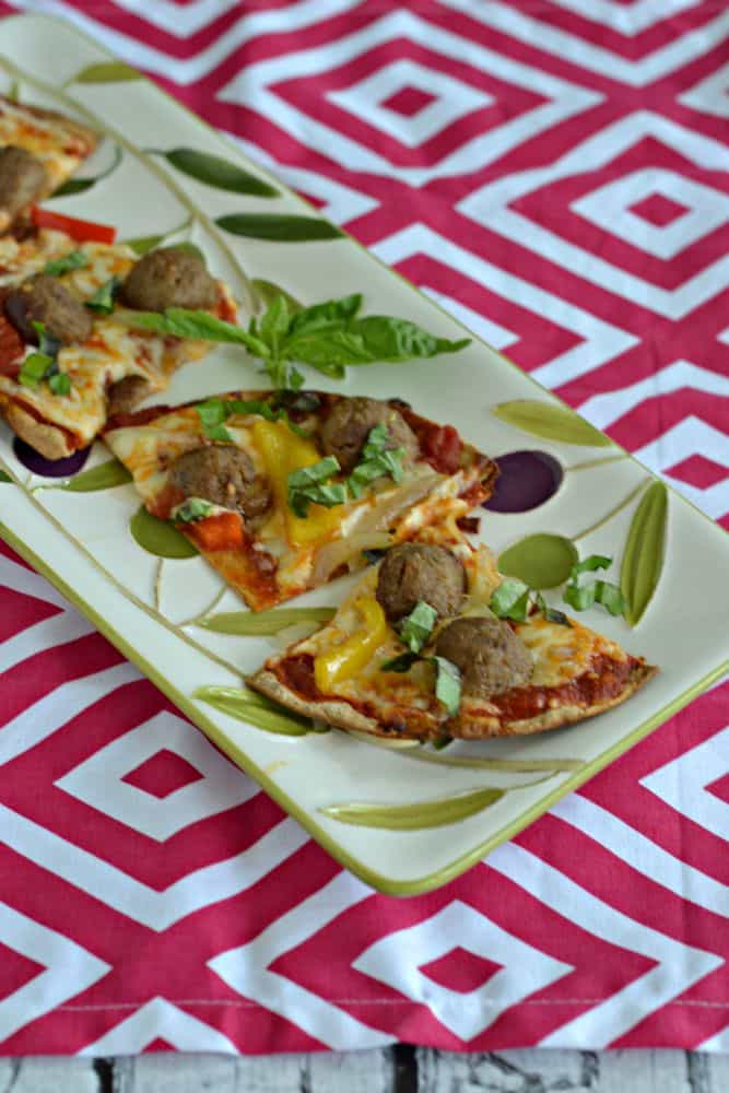 Hungry?  Snack on this Meatball Flatbread Pizza