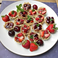 Fruit Tarts with Nutella Pastry Cream