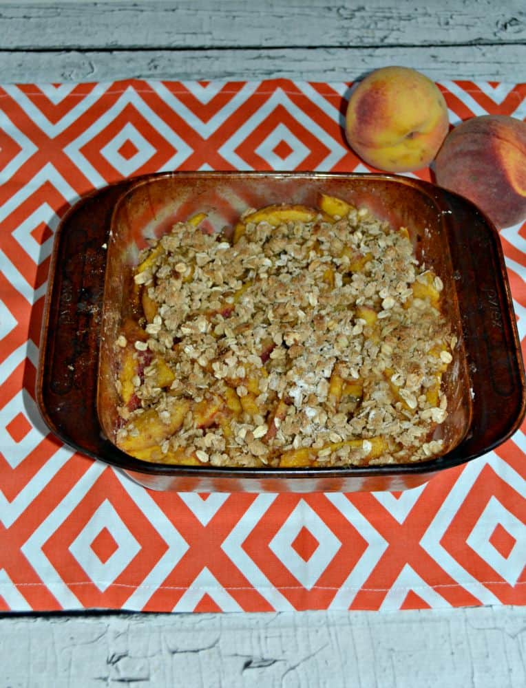 Delicious and easy spiced Peach Crisp