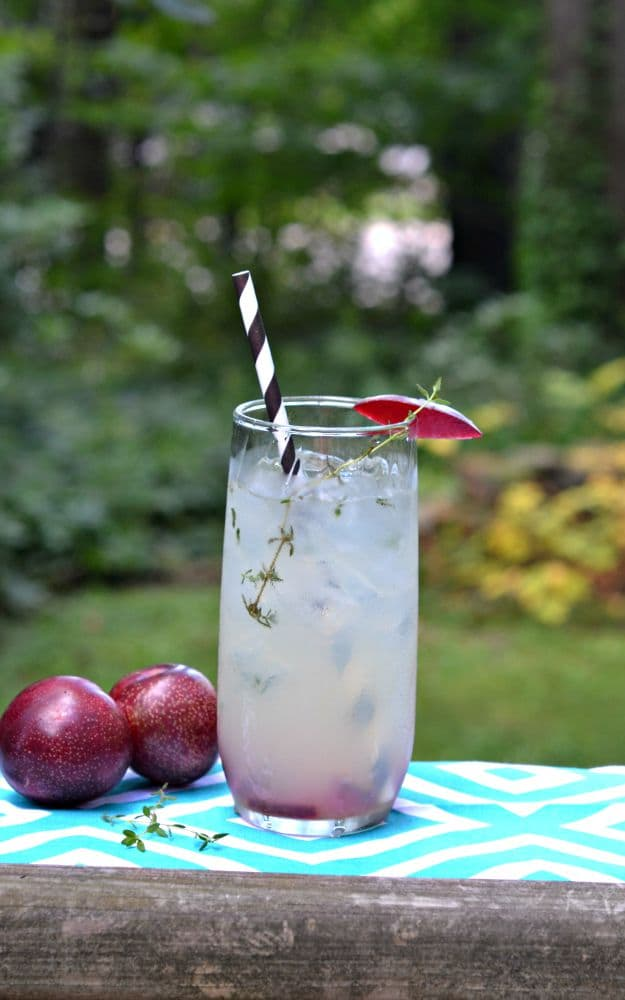 Refresh with a Plum and Thyme Champagne Cocktail this summer