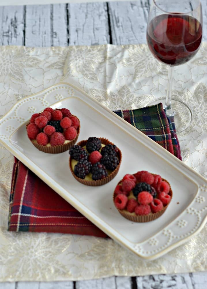 Chocolate Cups with Cinnamon Pastry Cream and Berries