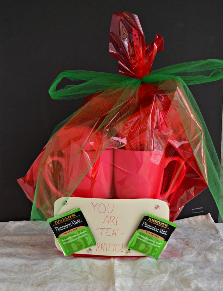 "Make this ""tea-rrific"" gift basket in just minutes!"