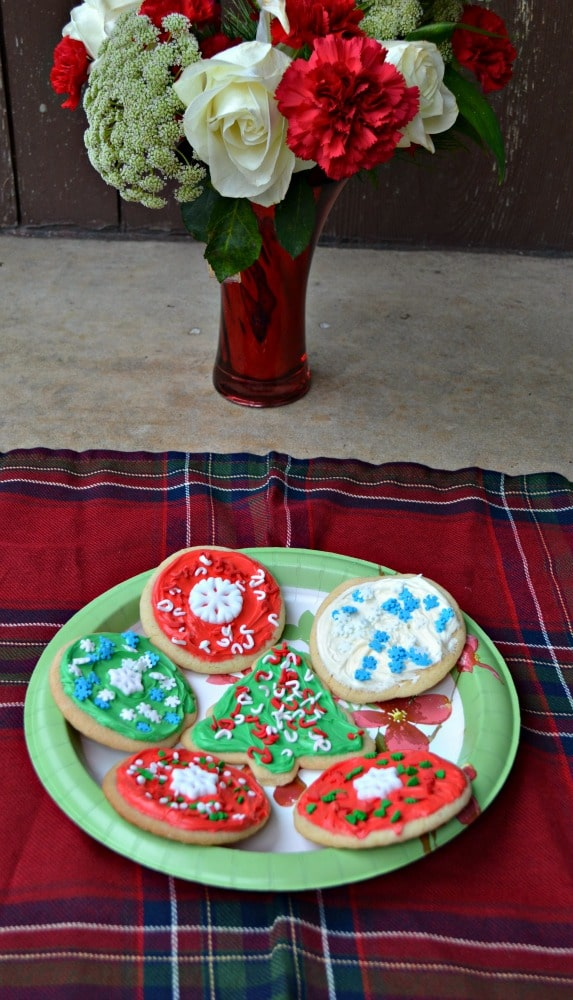 Make your Christmas Cookies semi-homemade with Betty Crocker!