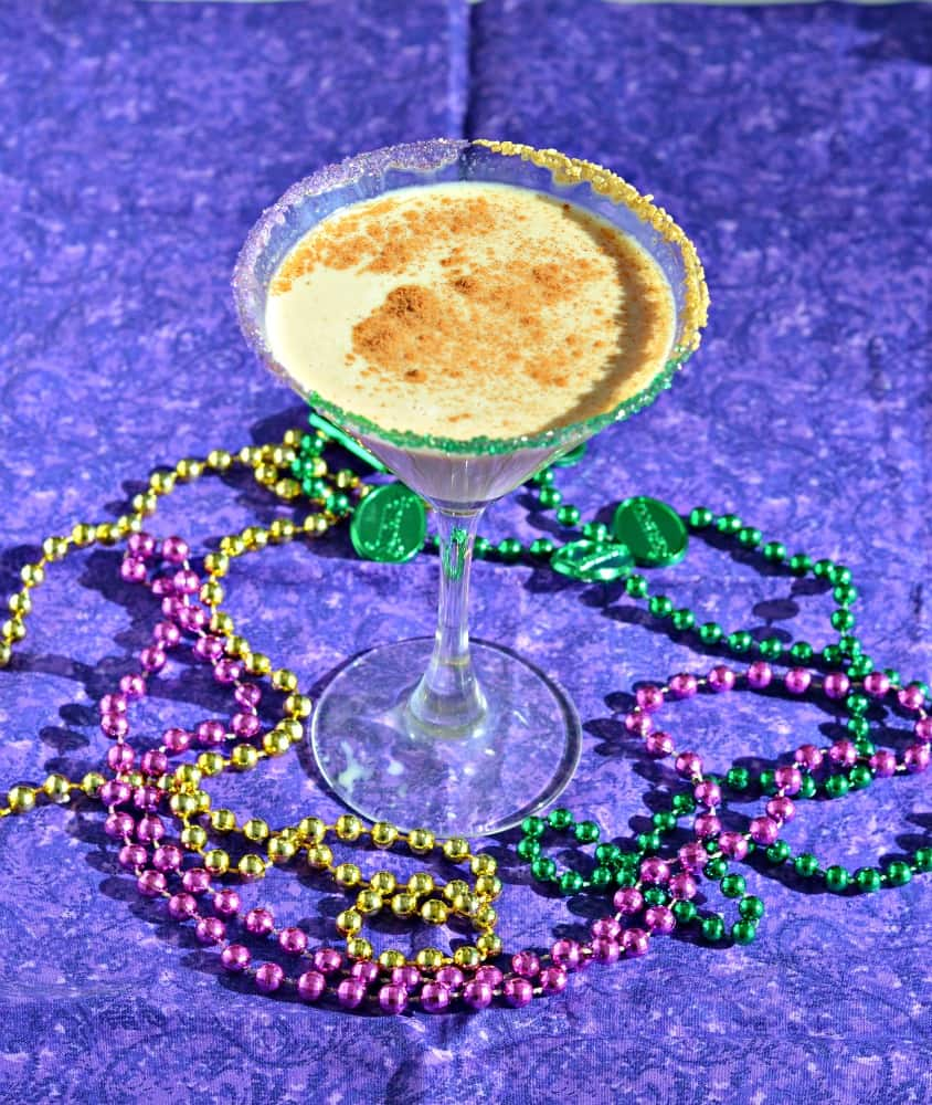 Looking for a fun cocktail for Mardi Gras? Check out my delicious King Cake Cocktail!