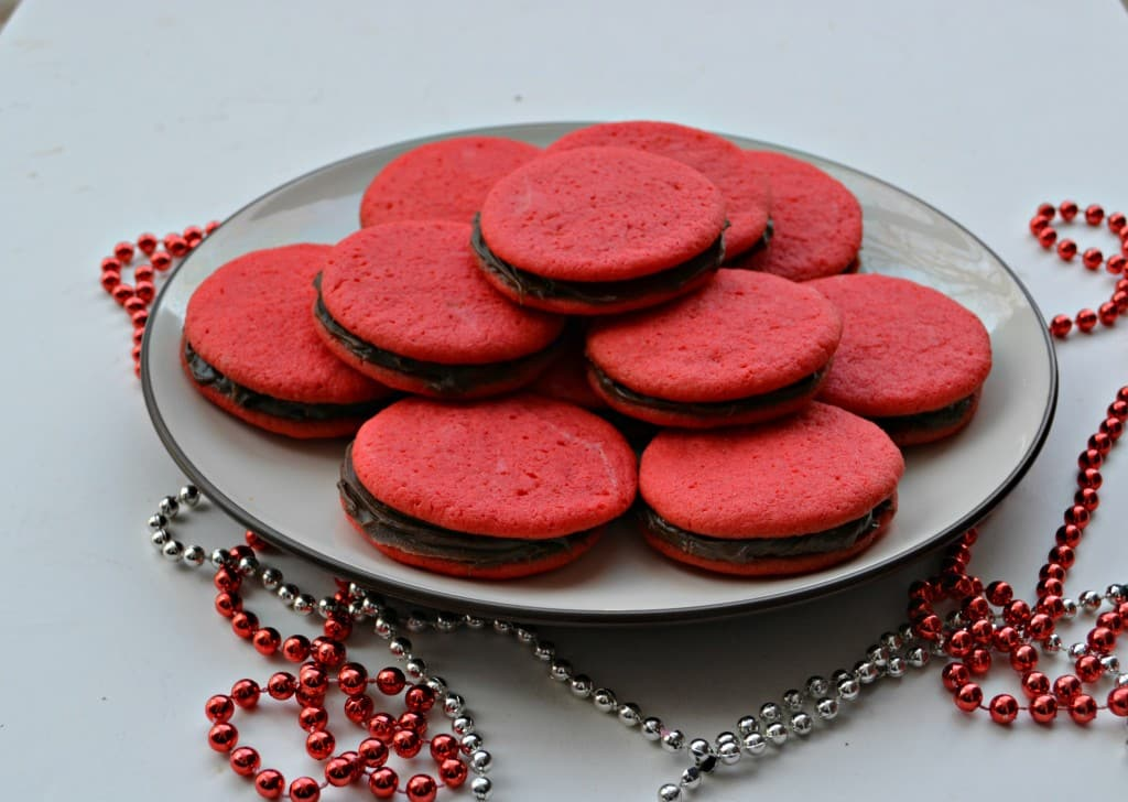Everyone will love these red Sandwich Cookie filled with Chocolate
