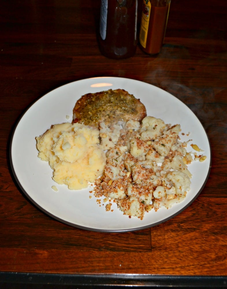 I love this flavorful Skillet Roasted Cauliflower with Panko Topping