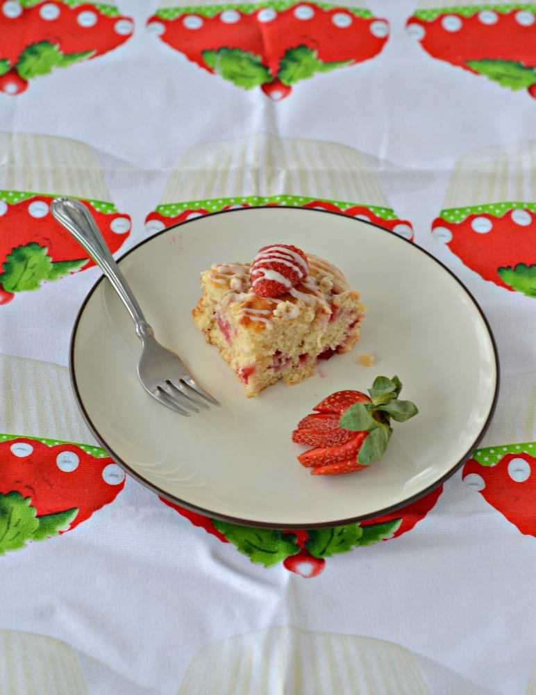 Who likes strawberries? Make breakfast something special with Florida Strawberry Coffee Cake with Greek Yogurt
