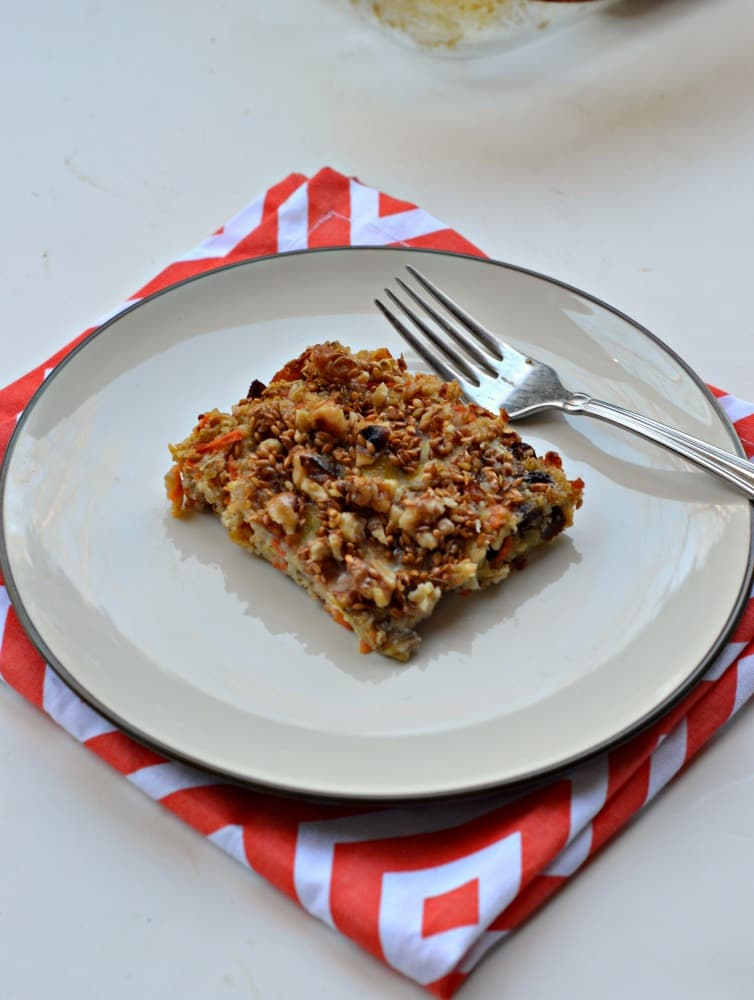 Get all your favorite flavors from carrot cake in a great Carrot Cake Baked Oatmeal!