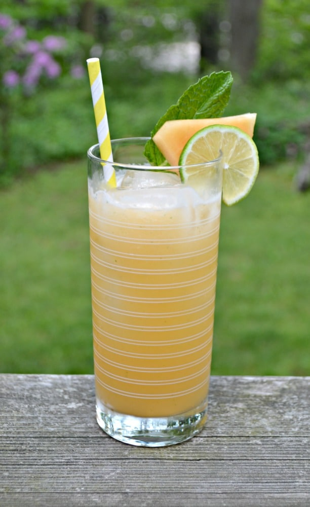 Love the lightly sweetened flavor of this Cantaloupe Agua Fresca