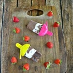 Chocolate Covered Strawberry Pudding Pops #SundaySupper