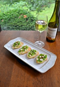 Crostini with Brie, Fresh Peas, and Honey + a Wine Pairing