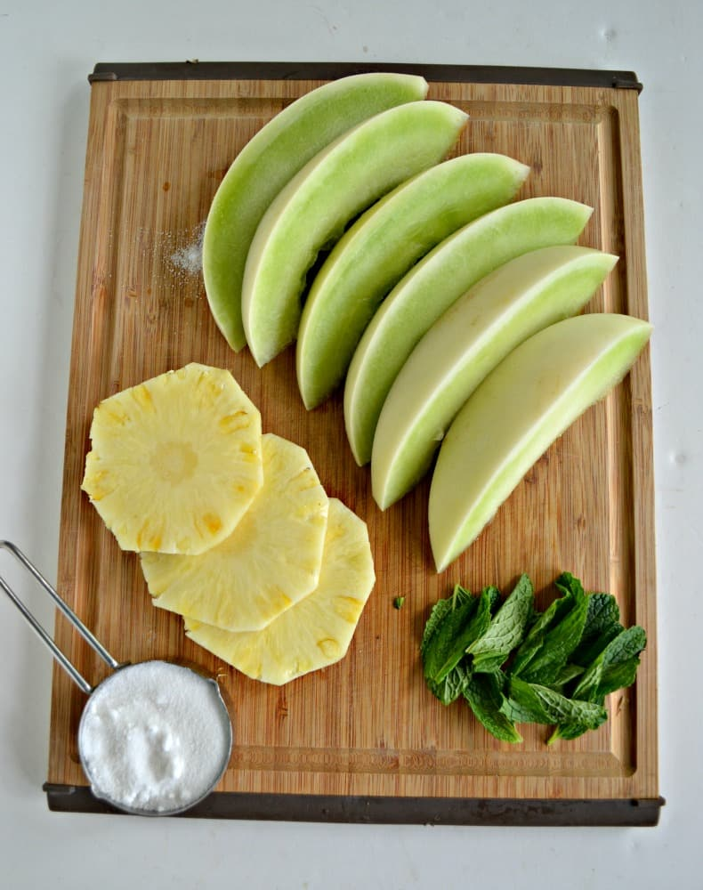 Just a few simple ingredients make a delicious Honeydew Agua Fresca