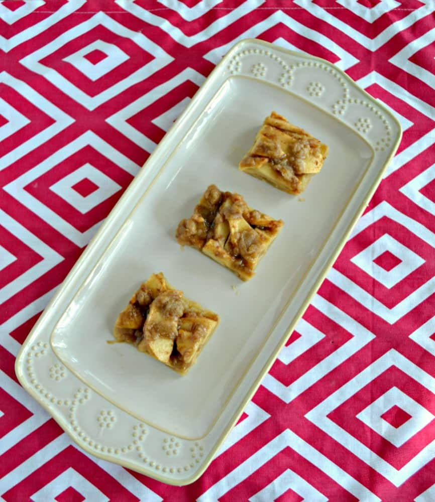 Love this Apple Crisp Shortbread Cookie Bar dessert! It's the perfect mash-up!